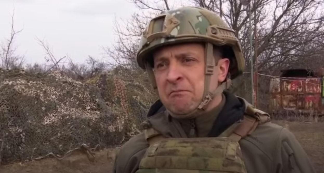 «Опять надел один из броников, каску и форму, которую внедрили проклятые барыги, и поехал на Донбасс» — Таня Адамс