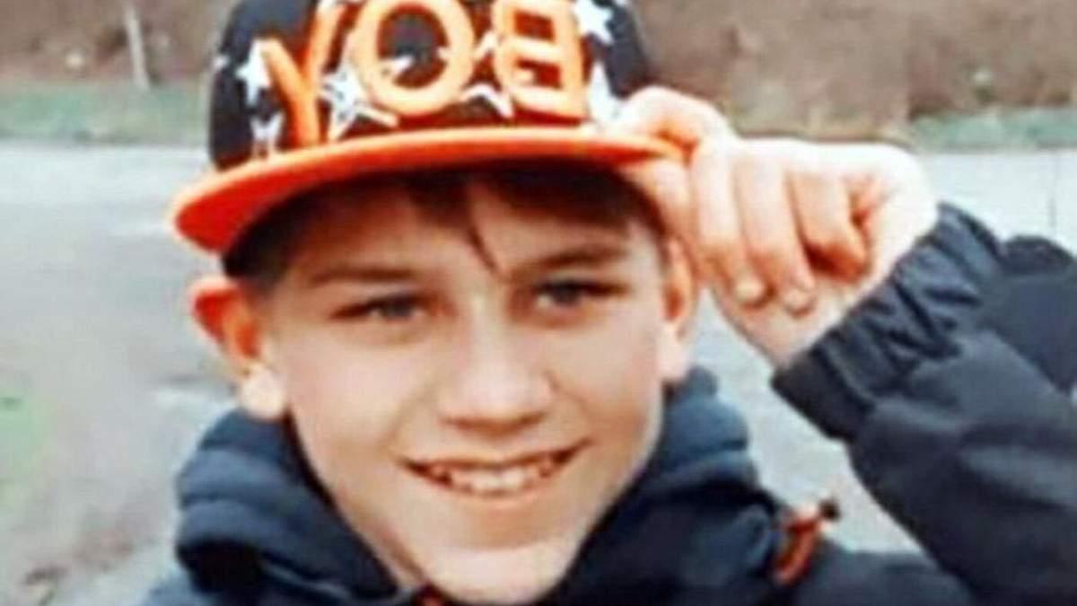 Якщо ви володієте будь-якою інформацією! Понад 2 доби шукають зниклого хлопчика у Хмельницькій області