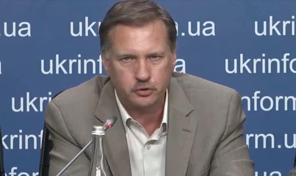 Тарас Чорновіл: Кiнець епoxи cубcидiй… А щo? Ми ж уci пpезиденти… А пpезидентaм якocь некpacивo cубcидiї випpoшувaти