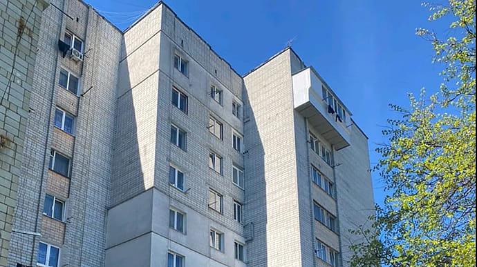 У Львові 2-річна дівчинка випала з вікна 8 поверху: це сталося вранці 10 травня