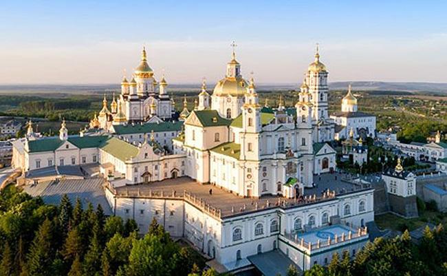 Почаївська Лавра буде належати українській церкві, – Епіфаній