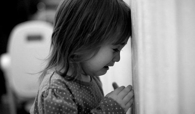 """""""Дівчинка була з пакетом на голові і уже непритомна"""": у Тернополі жінка намагалася убити свою дитину"""