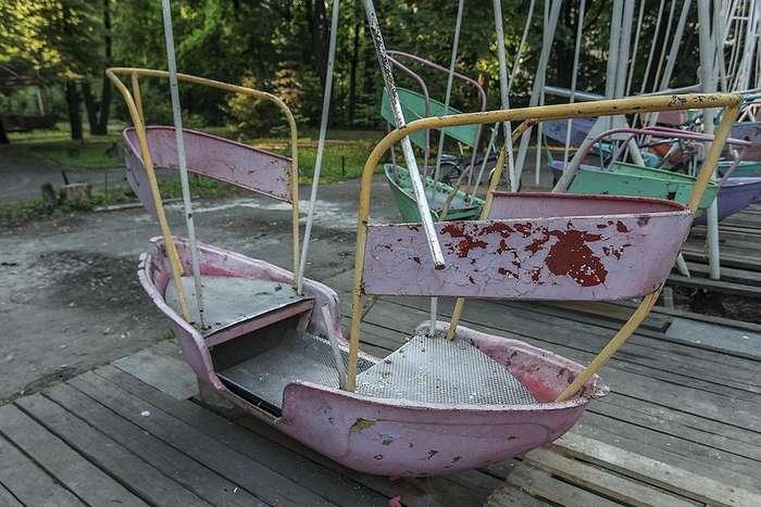 У Запорізької області підліток загинув під час гри на гойдалці