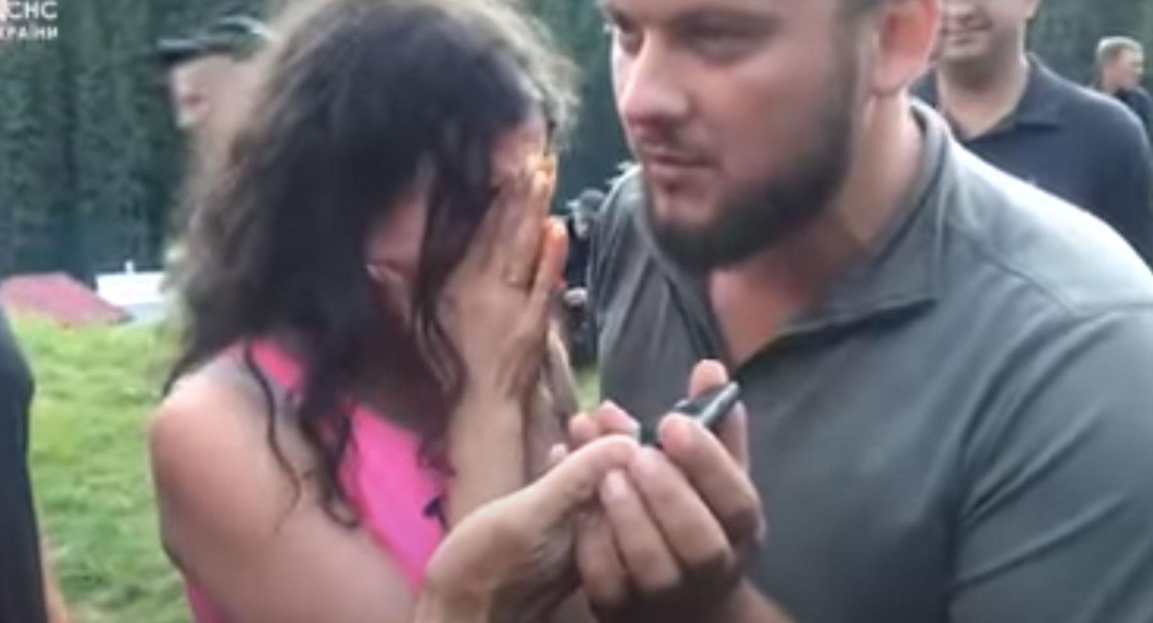 Родители рыдают. Видео. Только что на Говерле спасатели нашли ребенка, который заблудился