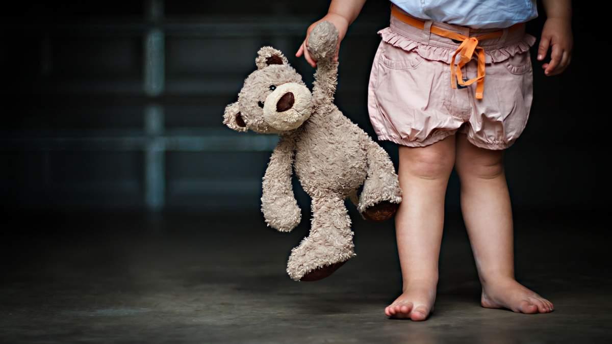 Оголошено план-перехоплення: у Запоріжжі невідомі викрали однорічну дитину (відео)