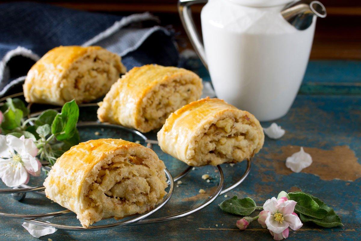 Грузинские «Маргаритки» с ореховой начинкой