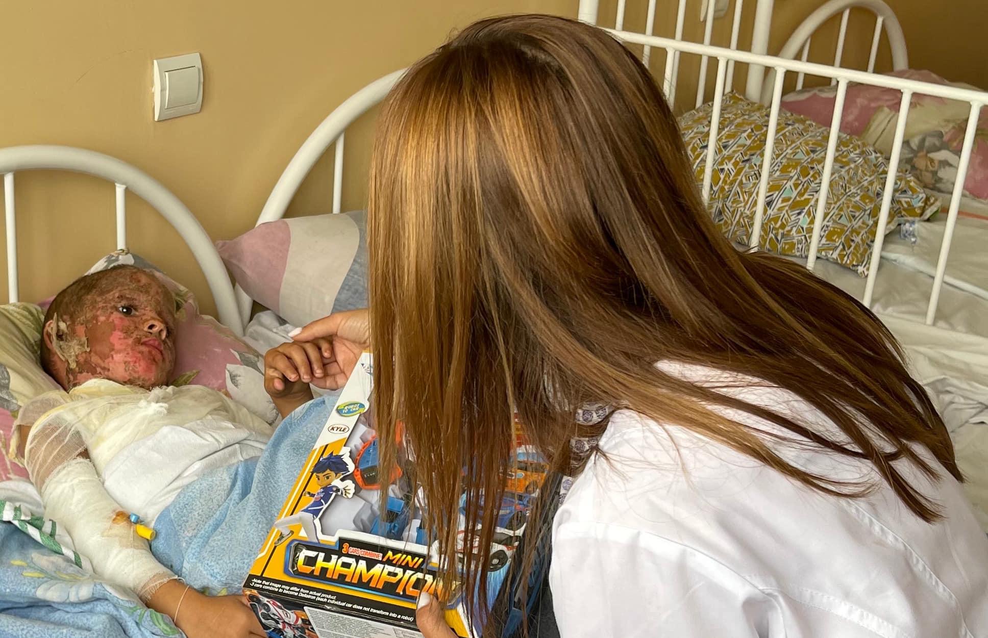 В Запорожье в больнице с ожогами 40% тела находятся двое детей из неблагополучных семей