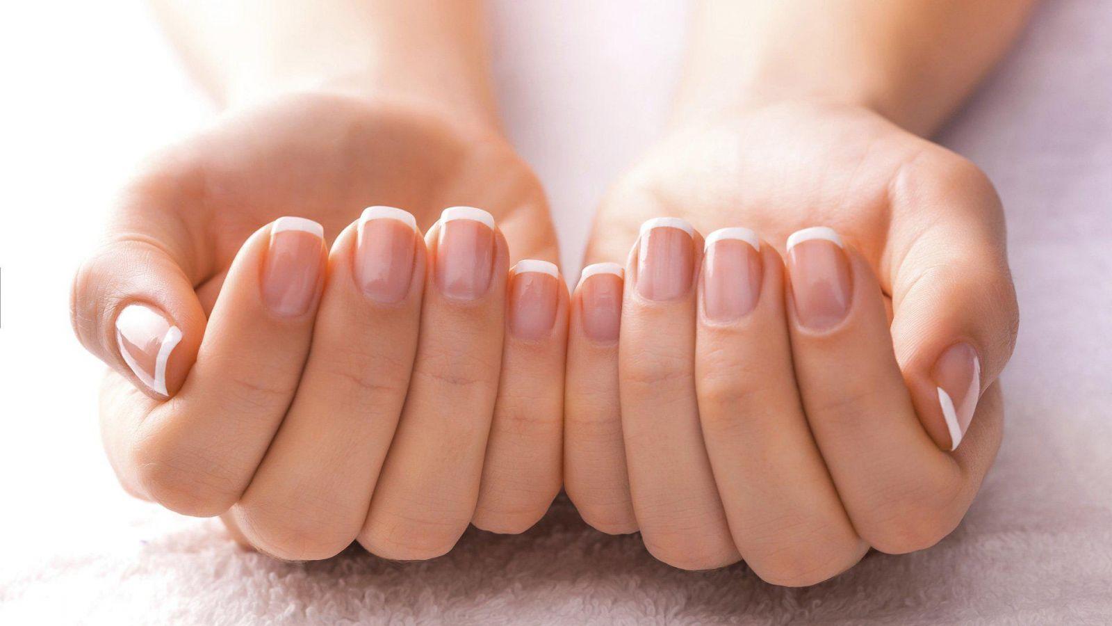 Как укрепить тонкие ногти в домашних условиях: даем простые советы