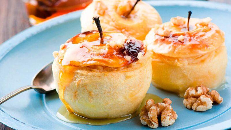 Печені яблука — чудові рецепти, корисного і смачного десерту